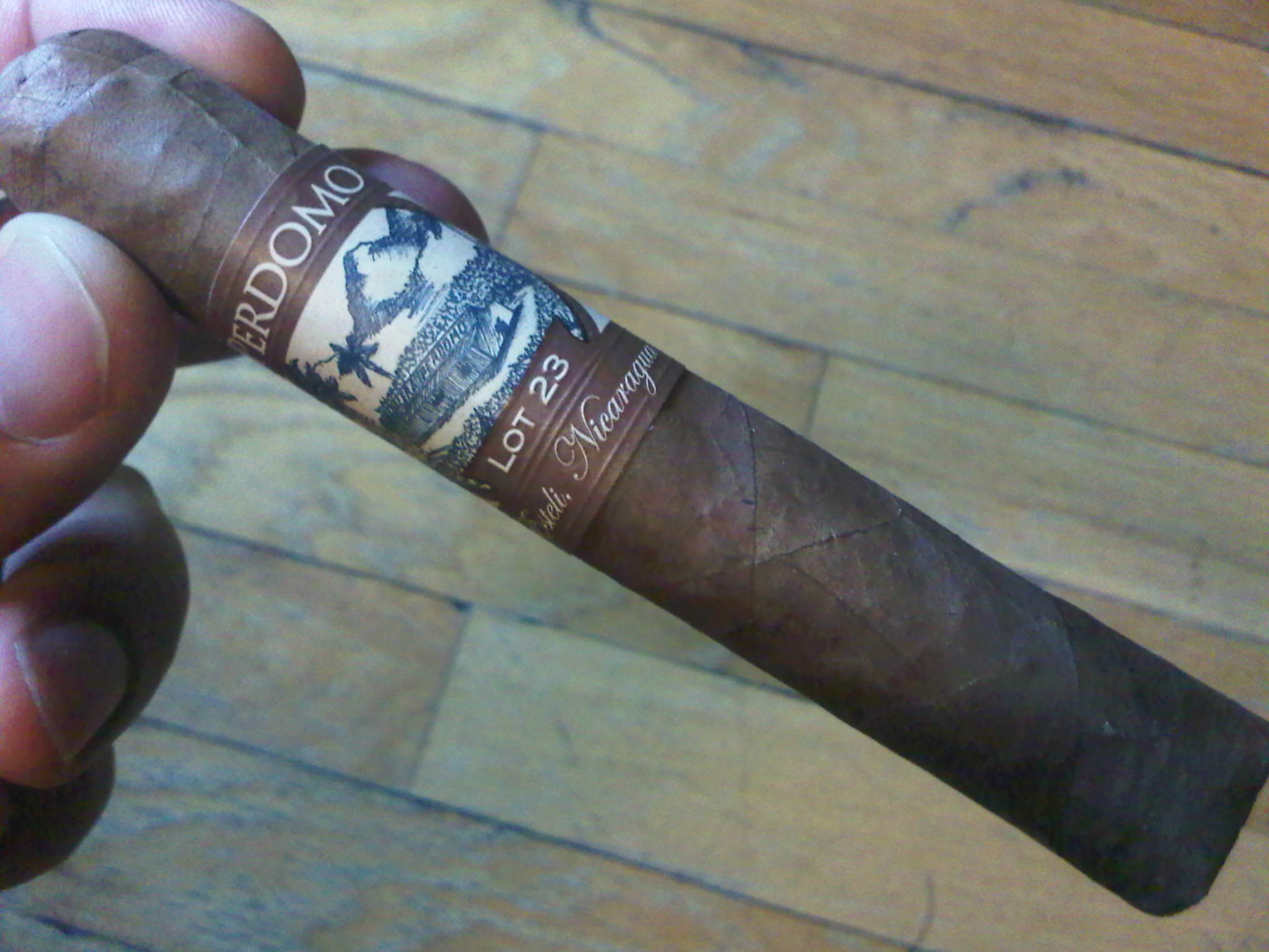 Perdomo Lot 23 Robusto Cigar